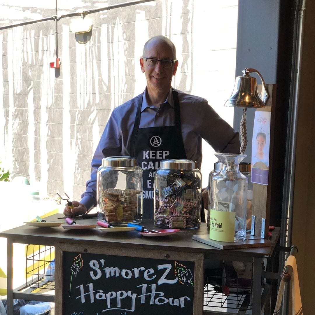 Guess what hour it is? It's Smore'Z Happy Hour! Join us and support an awesome charity Give Kids The World #smorezhappyhour #hotelzephyrsf #happyhumpday