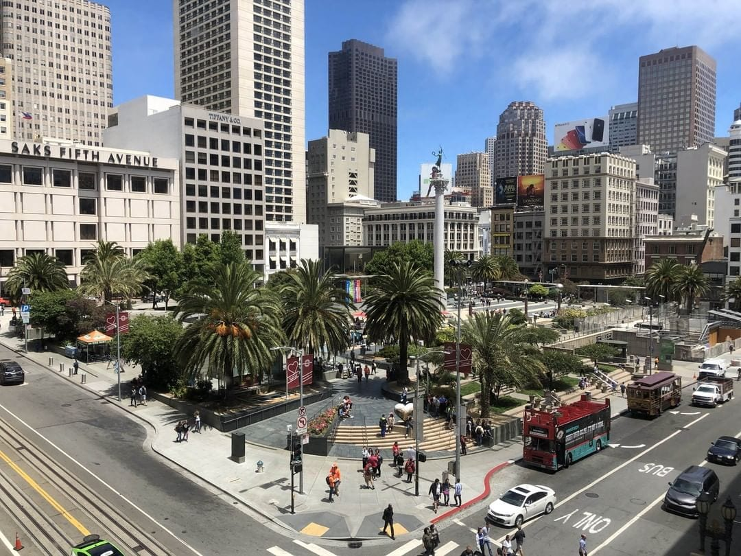 Gorgeous day to explore the city! Only a 15 minute ride from the hotel, Union Square, San Francisco offers the largest collections of department stores, upscale boutiques, gift shops, art galleries, and beauty salons in the United States. #exploresf #sanfrancisco #hotelzephyrsf